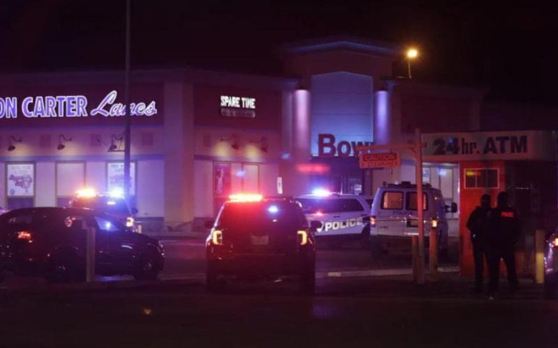 Illinois shooting killed three people.