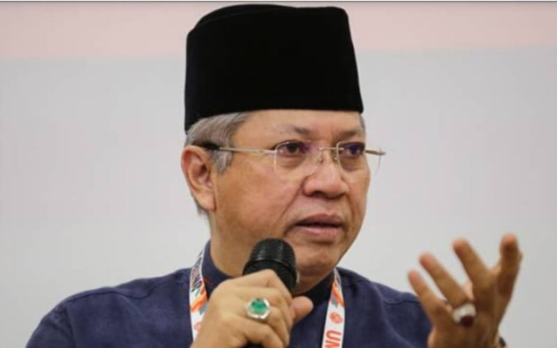 Let Zahid Hamidi To Lead UMNO Until End Of His Term: Annuar Musa